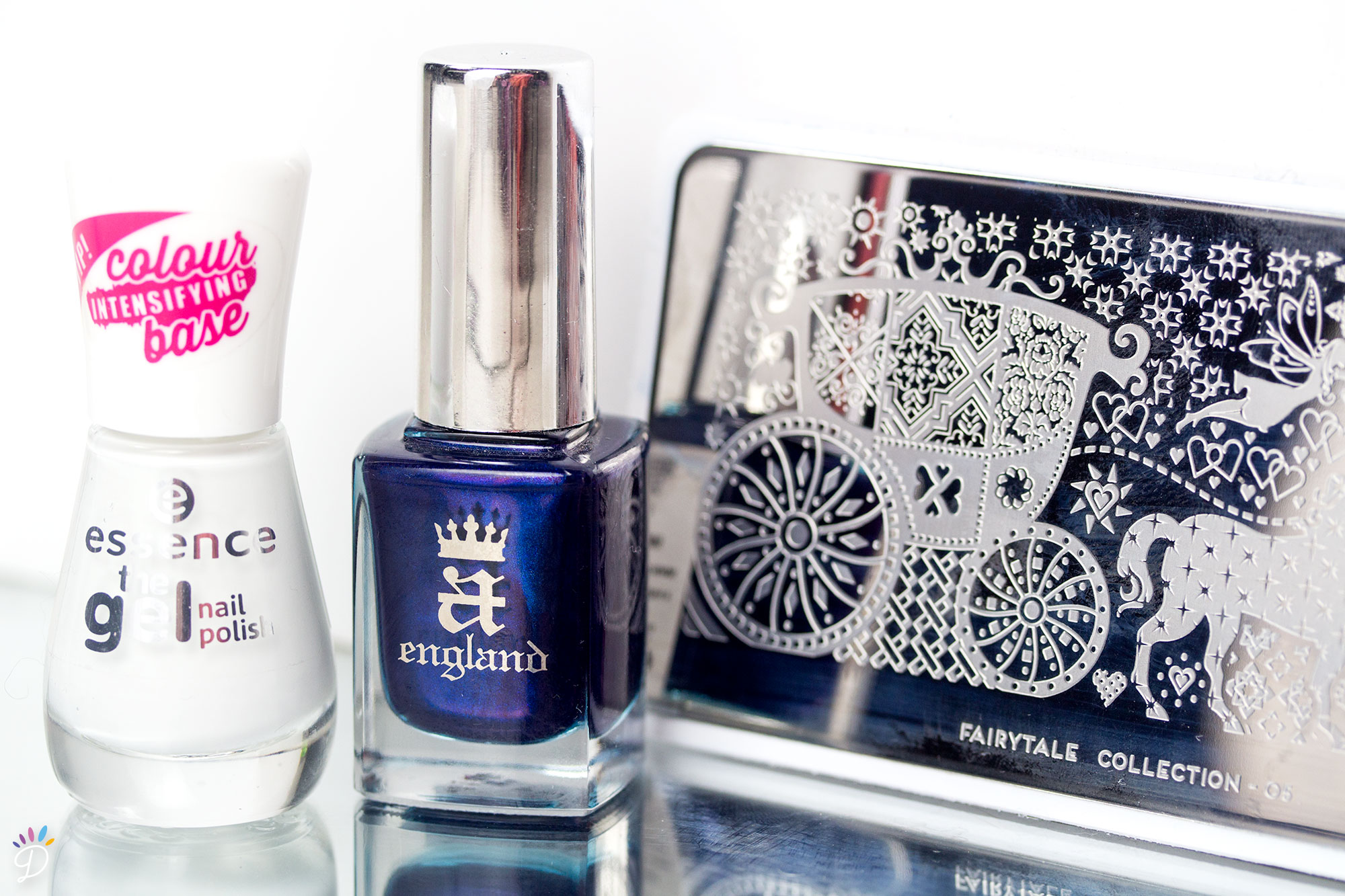 AEngland-QueenOfScots-Stamping-MoYou-Fairytale-1