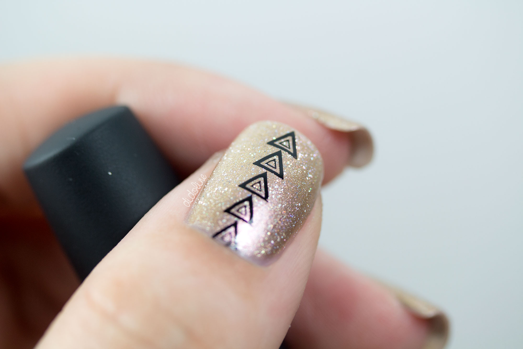 piCture pOlish - LakkomLakkom - Magic et Stamping