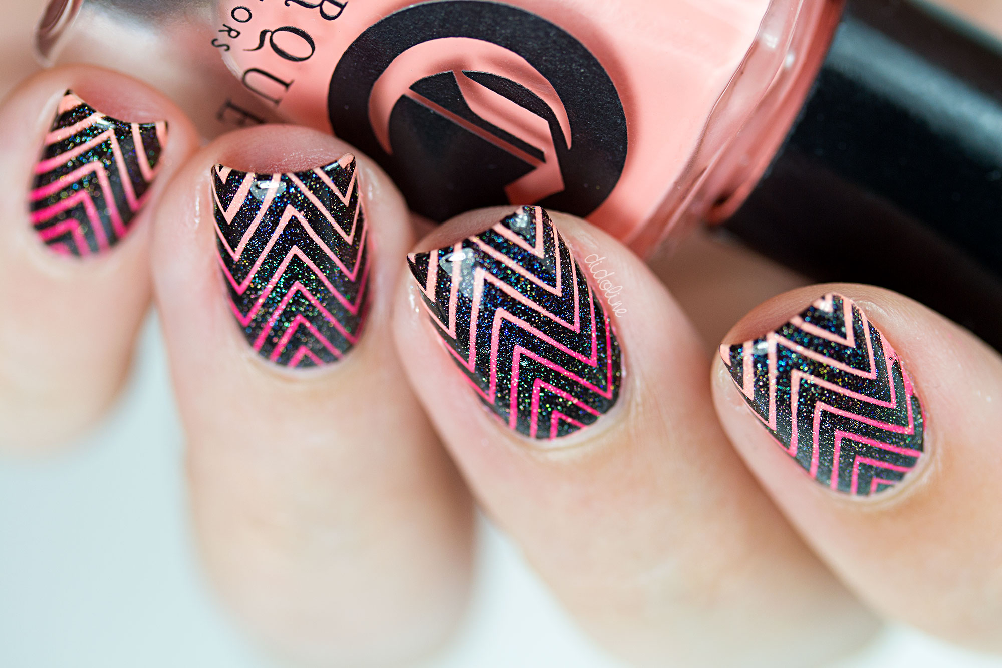 Cirque-Gradient-Stamping-10